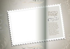 Pagina con vecchi carta e francobollo Fotografie Stock