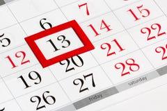 Pagina del calendario con il venerdì 13 selezionato Fotografie Stock