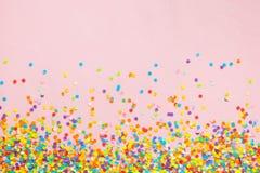 Pagina fatta dei coriandoli colorati Fotografia Stock Libera da Diritti