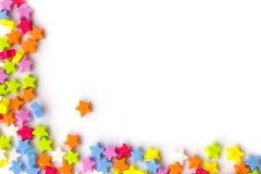Pagina fatta di piccole stelle variopinte Fotografie Stock Libere da Diritti