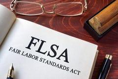 Pagina met handeling van de arbeidsnormen van FLSA de eerlijke stock foto