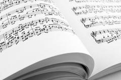 Pagina's van een muziekboek Royalty-vrije Stock Foto's