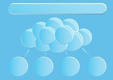 Pagina 1 van 5 Model met de blauwe samenvatting van het hemeleind om wolken Stock Foto