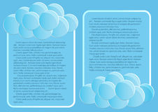 Pagina 4 van 5 Model met de blauwe samenvatting van het hemeleind om wolken Stock Afbeelding