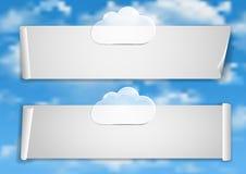 Pagina 1 van 8 Model met de blauwe witte wolken van het hemeleind Royalty-vrije Stock Foto's