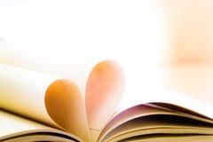 Paginaciones del libro abierto imagenes de archivo