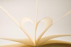 Pagine a forma di del libro del cuore Fotografia Stock Libera da Diritti