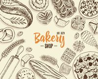 Pagnotta della ciambella della pasticceria e del pane e torta lunghe della frutta panino o croissant dolce, muffin e pani tostati Fotografie Stock