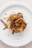 Pagnotta di carne di tacchino con le corde infornate della cipolla Fotografie Stock Libere da Diritti