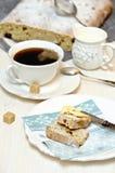 Pagnotta e caffè dello zenzero Fotografie Stock