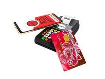 Pago del NFS por el teléfono con la tarjeta de crédito roja en la posición-te de la tarjeta del pago ilustración del vector