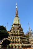 Pagod i tempel arkivbilder