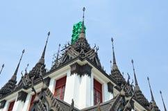 Pagod i Wat Ratchanadda Arkivbild