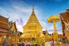 Pagod på den Doi Suthep templet Arkivbild