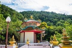 Pagod på den kinesiska templet Fotografering för Bildbyråer