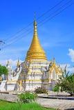 Pagod på Maha Aungmye Bonzan Monastery, Innwa, Myanmar Arkivfoto