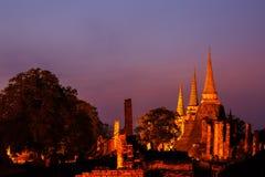 Pagod på templet för sanphet för watphrasri på skymning, Ayutthaya royaltyfria foton