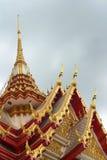 Pagoda antigua en un templo en Tailandia foto de archivo