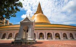 Pagoda arancio in Tailandia Immagini Stock
