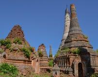 Pagoda arruinada, lago Inle Fotos de archivo