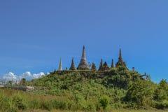 Pagoda arruinada, lago Inle Foto de archivo
