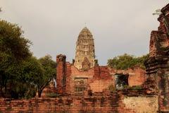 Pagoda au temple de Wat Ratchaburana dans la PA historique d'Ayutthaya Images libres de droits
