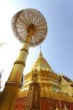 Pagoda av det Doisuthep tempelet i Chiang Mai Royaltyfri Fotografi
