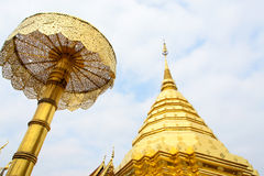 Pagoda av det Doisuthep tempelet i Chiang Mai Thailand Arkivfoton