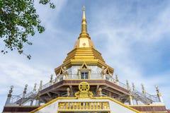 Pagoda avec le dharma de Wat Nakaram à Phuket, Thaïlande Photo stock