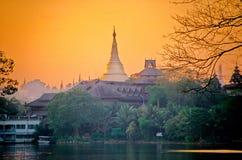 Pagoda- Birma van Schwedago (Myanmar) Stock Afbeelding
