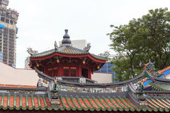 Pagoda on buddhistic temple in chinatown, Singapore Royalty Free Stock Photos