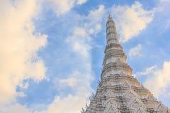 Pagoda com céu azul Fotos de Stock