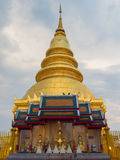 Pagoda d'or. Image stock