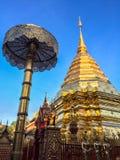 Pagoda d'or chez Doi Suthep Photographie stock libre de droits