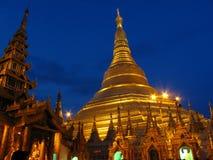 Pagoda d'or dans Myanmar. Image libre de droits