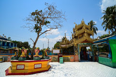 Pagoda de Botataung en Rangún (Rangoon), Myanmar Fotografía de archivo
