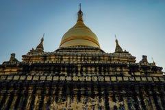 Pagoda de Dhammayazika del templo viejo en Bagan Myanmar imagenes de archivo