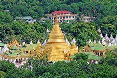 Pagoda de Kuthodaw, Mandalay, Myanmar images stock