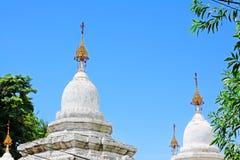 Pagoda de Kuthodaw, Mandalay, Myanmar photo stock