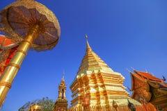 Pagoda de oro Buda que Doi Suthep, chiangmai, Tailandia Imágenes de archivo libres de regalías