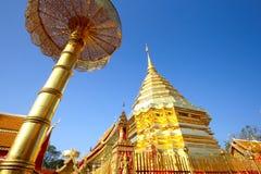 Pagoda de oro Buda que Doi Suthep, chiangmai, Tailandia Fotografía de archivo