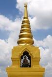 Pagoda de oro de la montaña Imagen de archivo libre de regalías
