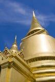 Pagoda de oro en el área magnífica del palacio en Bangkok, Fotografía de archivo libre de regalías