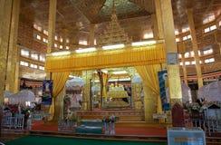 Pagoda de Phaung Daw Oo Photographie stock