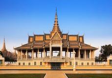 Pagoda de Royal Palace et d'argent (le hall de trône), Phnom Penh, non Photographie stock libre de droits