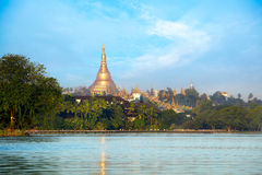 Pagoda de Shwedagon Imágenes de archivo libres de regalías