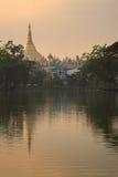 Pagoda de Shwedagon en Myanmar Fotos de archivo libres de regalías