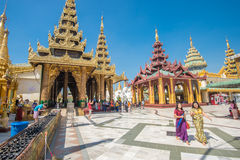 Pagoda de Shwedagon, Yangon Fotos de archivo