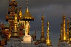 Pagoda de Shwedagon, Yangon, Myanmar Imagem de Stock