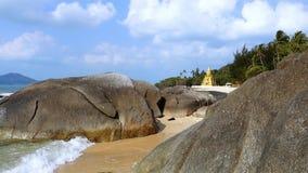Pagoda de SOR de Laem, Koh Samui, Tha?lande banque de vidéos